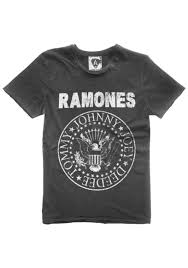 Arturo Vega Ramones logo designer